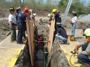 Trench+Rescue+Drill+5-12-07+075